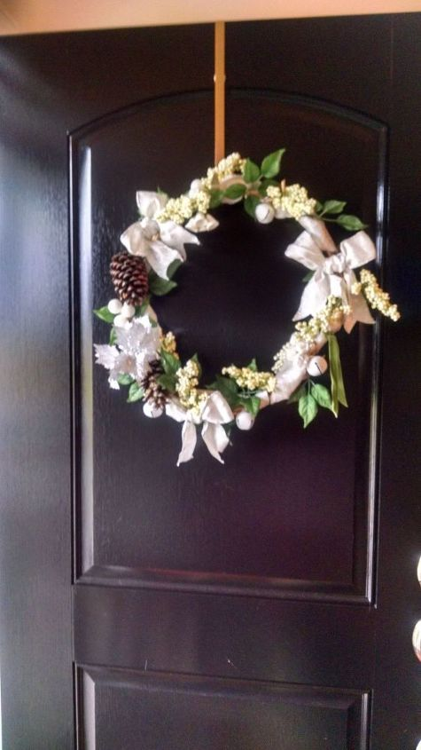 basket handle wreath, crafts, repurposing upcycling, wreaths