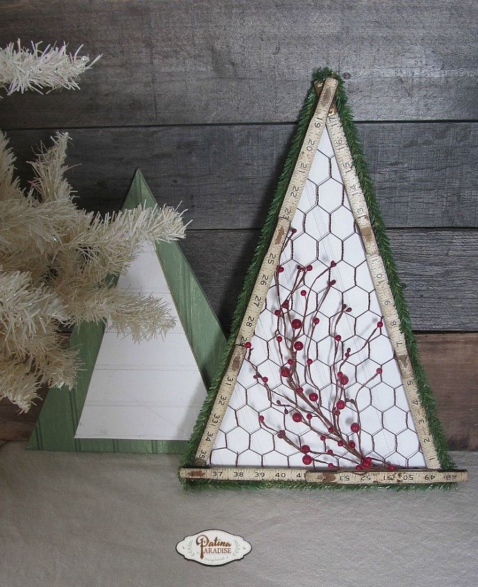 simple trees with bead board and chicken wire christmas decorations crafts seasonal holiday - Christmas Decorations With Chicken Wire