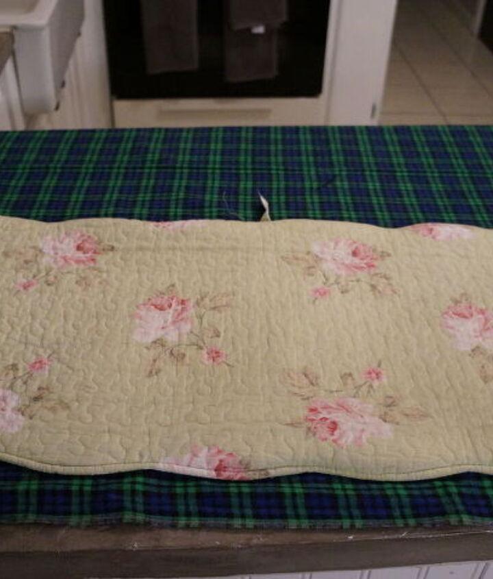 diy ho ho plaid pillowcase, bedroom ideas, christmas decorations, crafts, repurposing upcycling, seasonal holiday decor