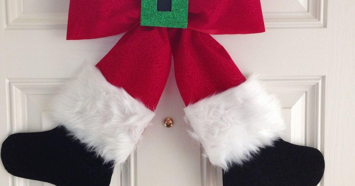 Santa Bow Wreath/Wall Hanging | Hometalk