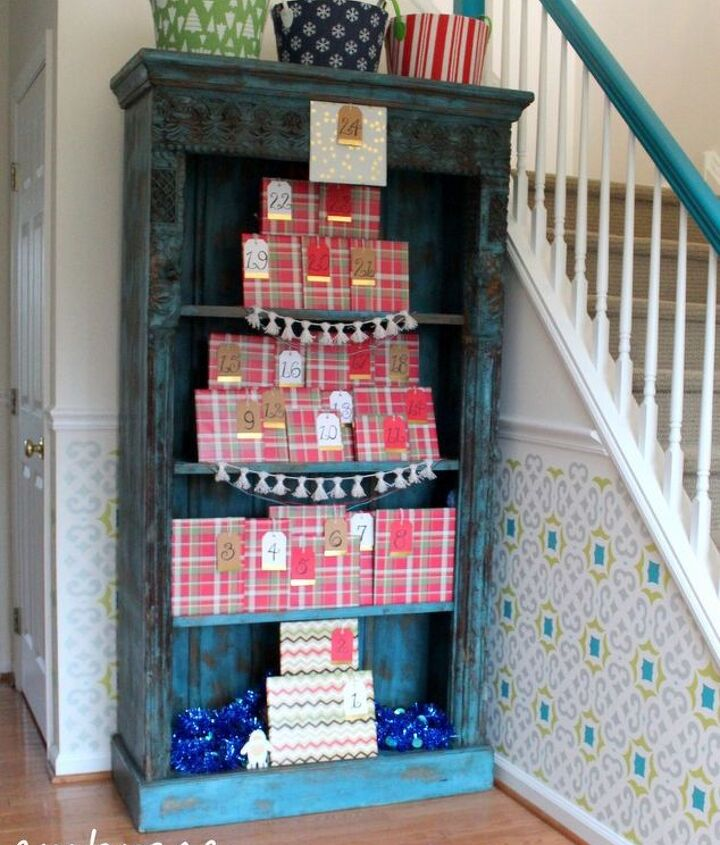book a day advent calendar, christmas decorations, entertainment rec rooms, seasonal holiday decor, shelving ideas
