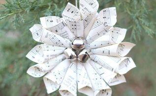 christmas music wreath ornament, christmas decorations, crafts, seasonal holiday decor, wreaths