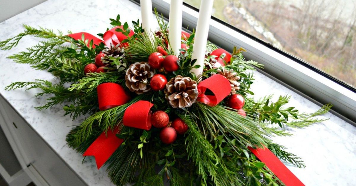 Make this evergreen christmas centerpiece