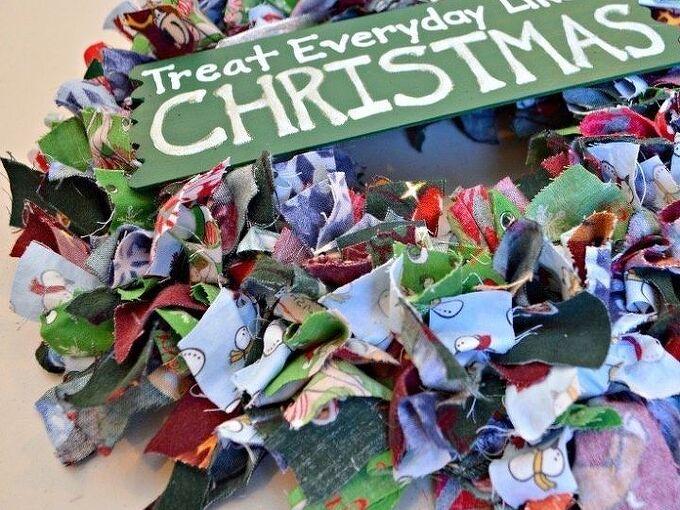 scrap fabric christmas wreath, christmas decorations, crafts, how to, seasonal holiday decor, wreaths