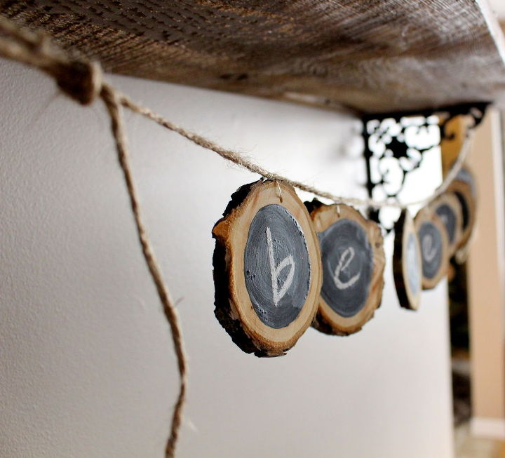 diy wood slice garland, chalkboard paint, christmas decorations, crafts, how to, seasonal holiday decor