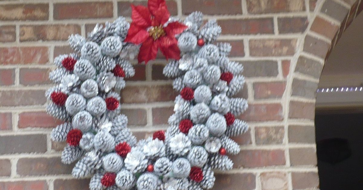 Pine Cone Christmas Decorations Crafts