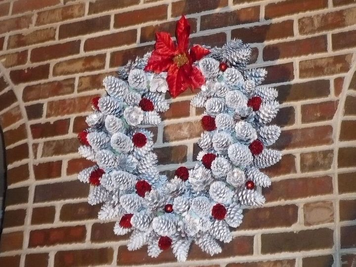 Wreath made of pine cones hometalk for Holiday craft ideas with pine cones