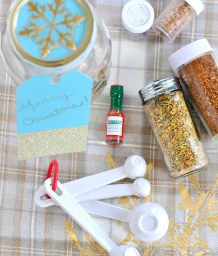 s 23 perfect mason jar gifts for everyone on your list, christmas decorations, crafts, mason jars, For Your Favorite Foodie