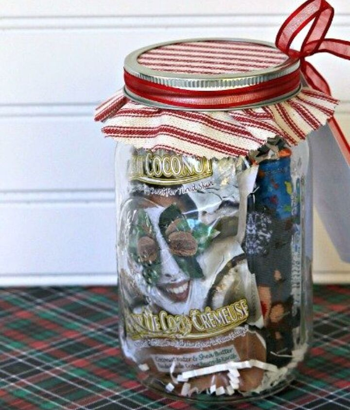 s 23 perfect mason jar gifts for everyone on your list, christmas decorations, crafts, mason jars, For Your Trendy Teen