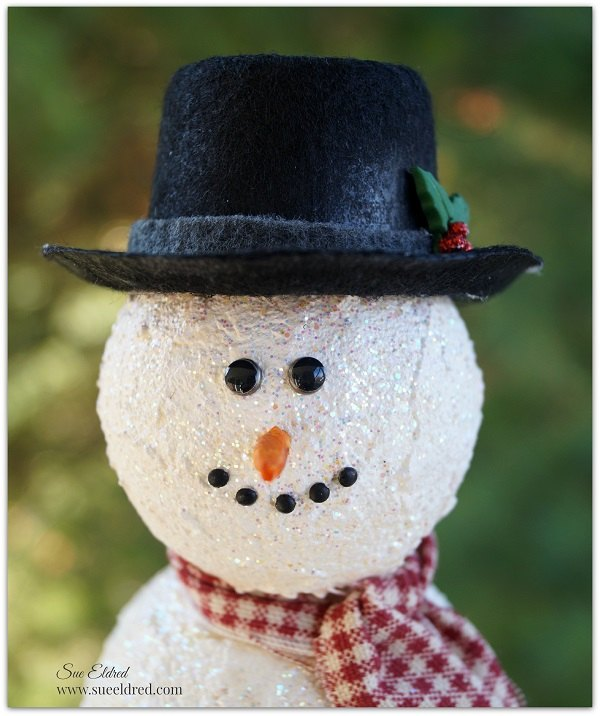 how to build a snowman, christmas decorations, crafts, how to, seasonal holiday decor