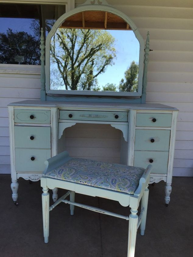 antique vanity, painted furniture - Antique Vanity Hometalk