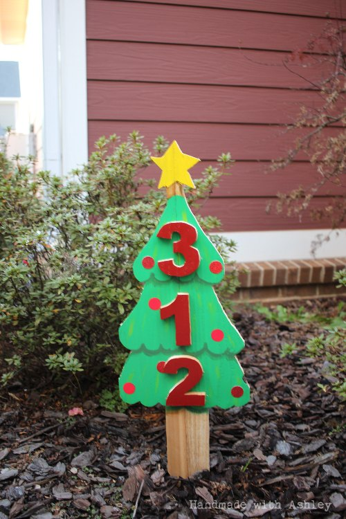 diy scrap wood christmas tree address sign, christmas decorations, crafts, seasonal holiday decor