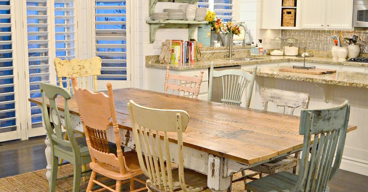 Diy Chippy Farm Table W Mismatched Chairs Hometalk