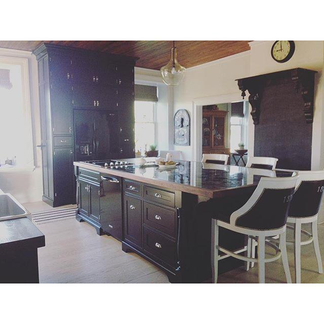 Kitchen Renovation Size Requirements: Farmhouse Kitchen Renovation...