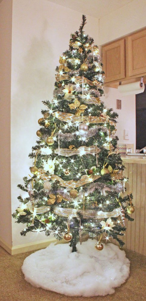 problem tree is dense tough to decorate - Christmas Tree Cheap