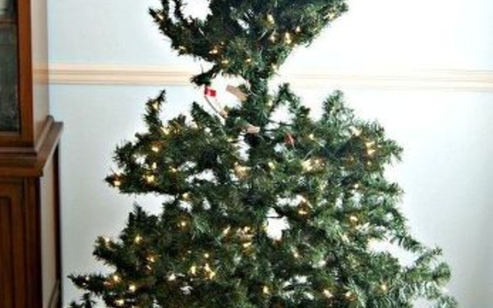 The Best Way To Decorate A Christmas Tree