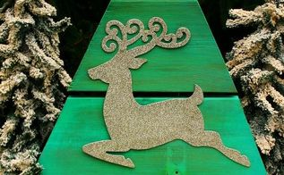 reclaimed repurposed recycled christmas tree diy homeforchristmas, christmas decorations, diy, seasonal holiday decor, woodworking projects