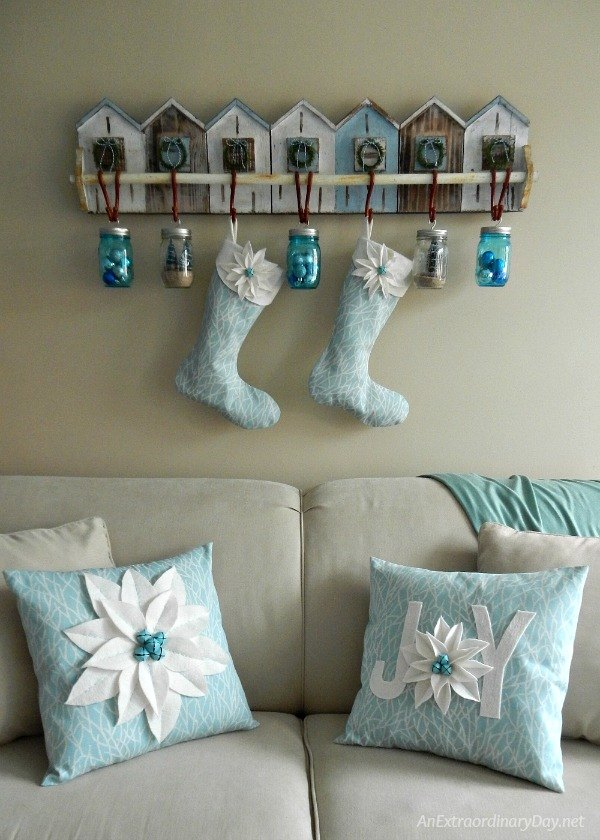 coastal christmas decor easy no measure poinsettia pillow tutorial christmas decorations crafts reupholster - Coastal Christmas Decor