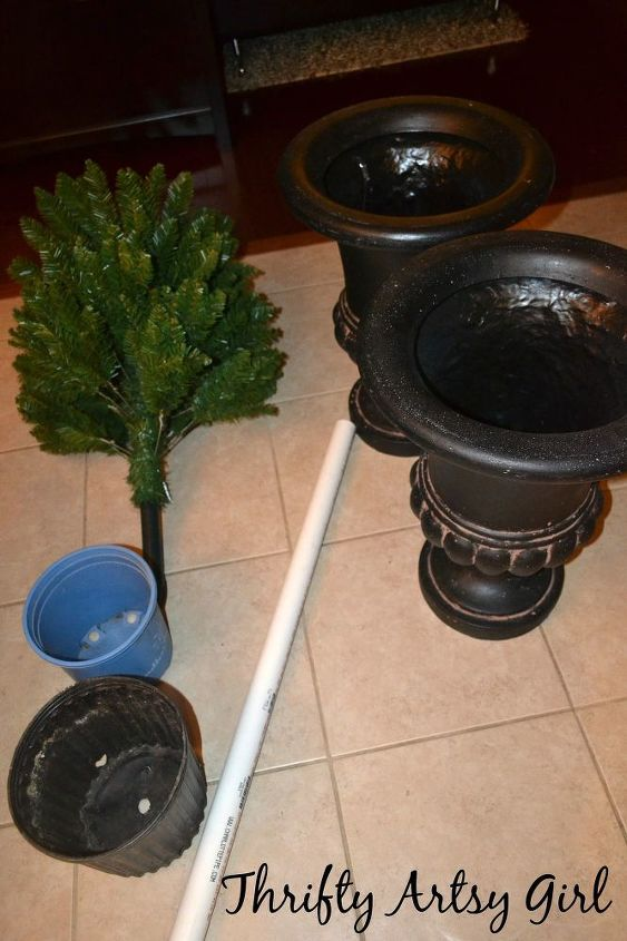 diy potted topiary skinny christmas trees in urns christmas decorations container gardening diy - How To Decorate Urns For Christmas