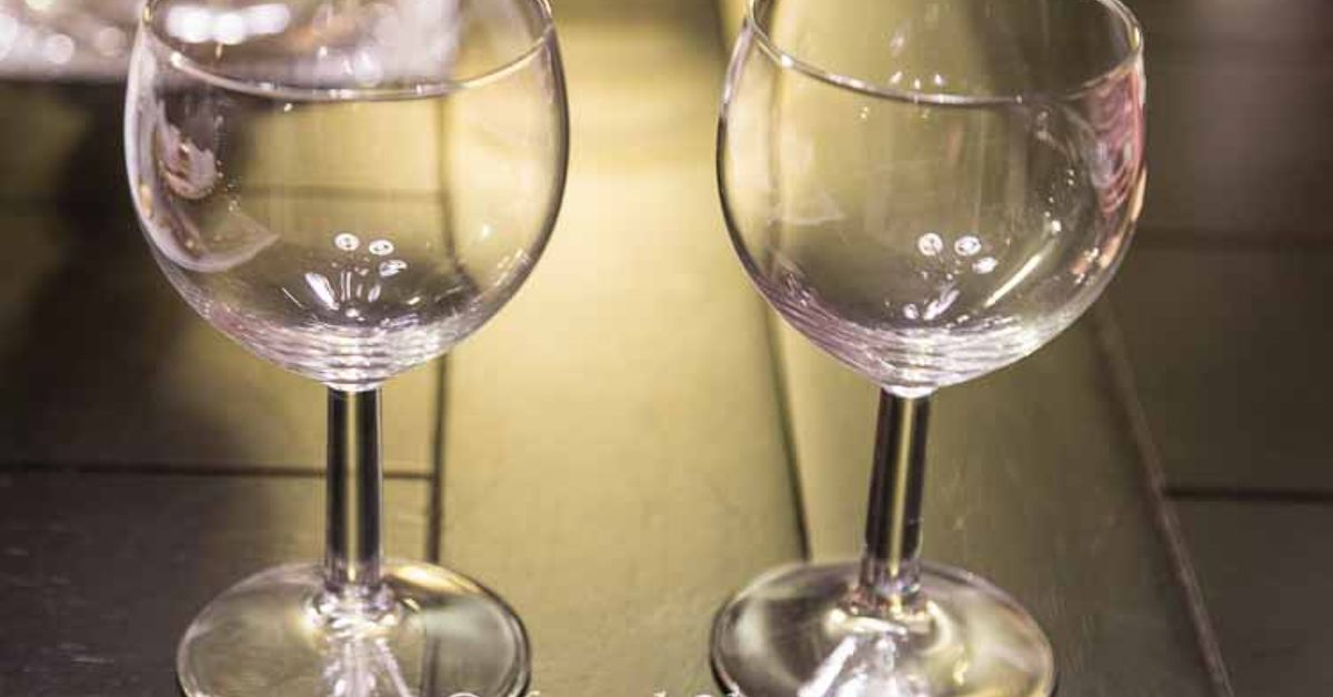 diy santa wine glasses hometalk