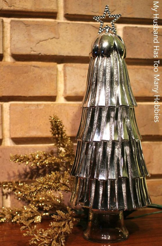 christmas spoon trees, christmas decorations, crafts, repurposing upcycling, seasonal holiday decor