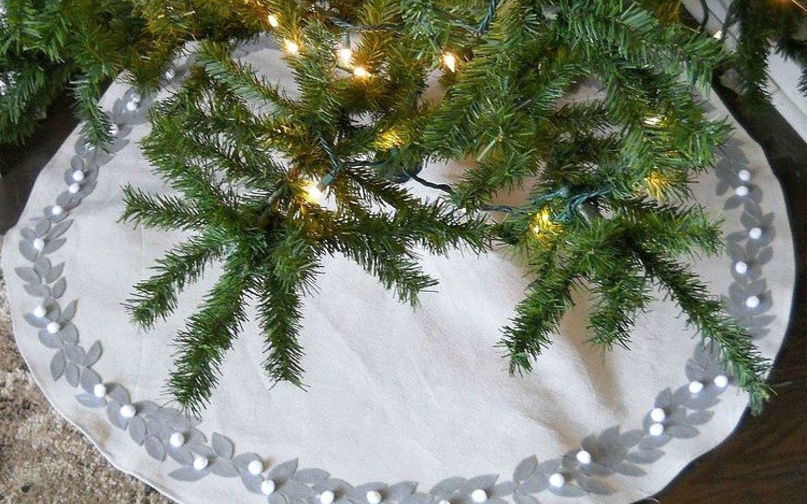 Make A Christmas Tree Base