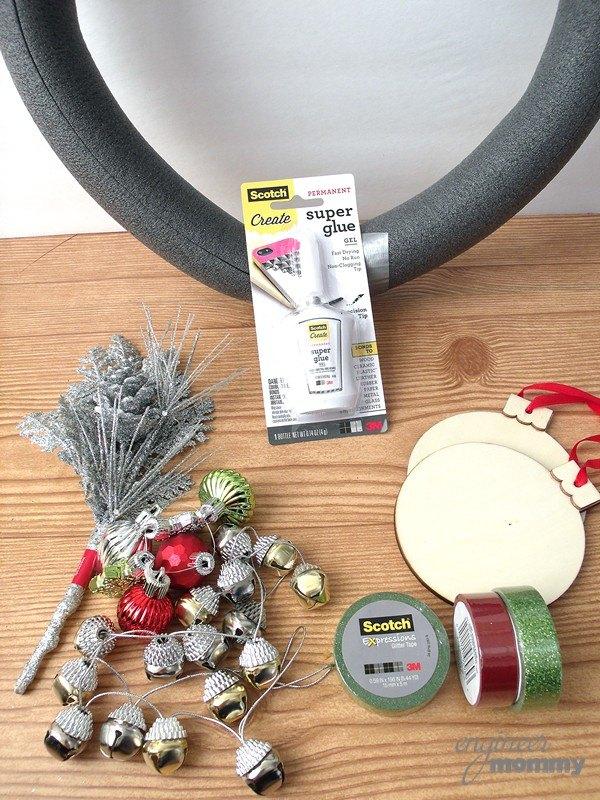 diy modern christmas wreath christmas decorations crafts seasonal holiday decor wreaths - Diy Modern Christmas Decorations