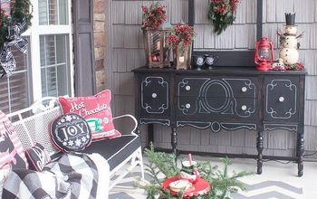 Schoolhouse Inspired Vintage Christmas Porch Decorations