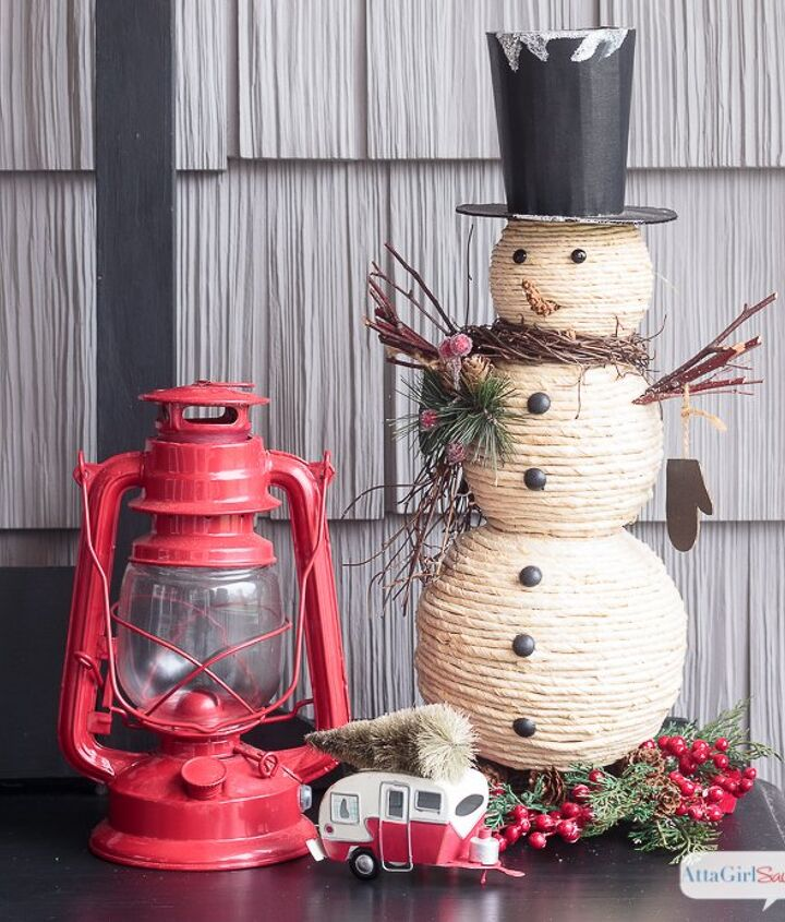 christmas porch decorations schoolhouse inspired vintage, christmas decorations, porches, repurposing upcycling