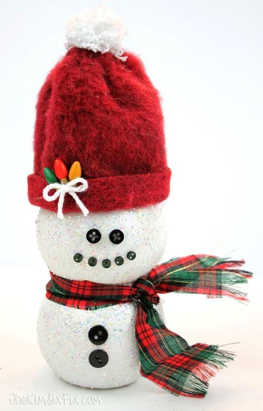 s 15 insanely cute snowmen for every corner of your home, home decor, POM Bottle Buddy