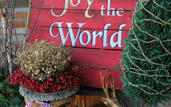Joy to the World Christmas Pallet