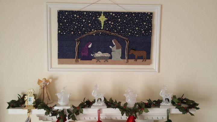 window blinds reused as christmas wall art, christmas decorations, repurposing upcycling, seasonal holiday decor