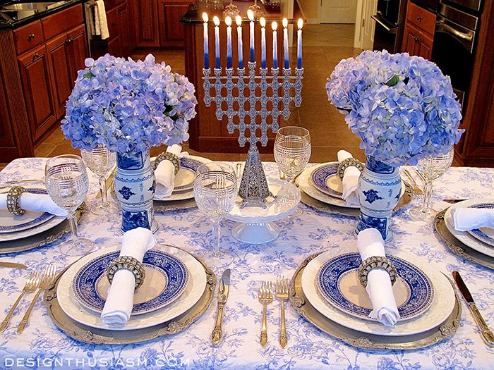 Hanukkah Table: French Blue and White Holiday Table Setting | Hometalk