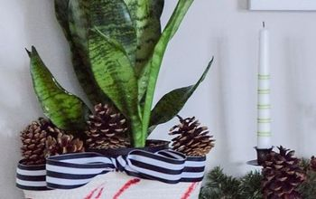 Stenciled Noel Planter Basket With Free Stencil Giveaway!