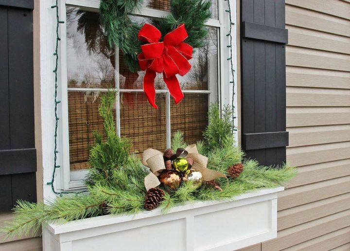 Easiest Christmas Window Box Idea EVER! | Hometalk