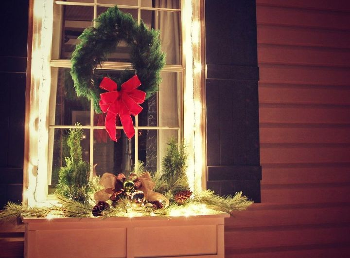 easiest christmas window box idea ever christmas decorations crafts seasonal holiday decor