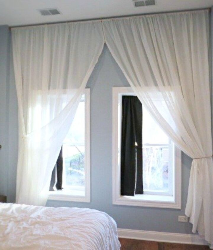 s 18 budget friendly home updates for guests, home decor, seasonal holiday decor, Make Guest Room Windows Look Grand