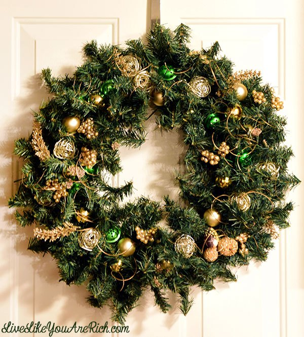 christmas wreath how to dollar store, christmas decorations, crafts, how to, seasonal holiday decor, wreaths
