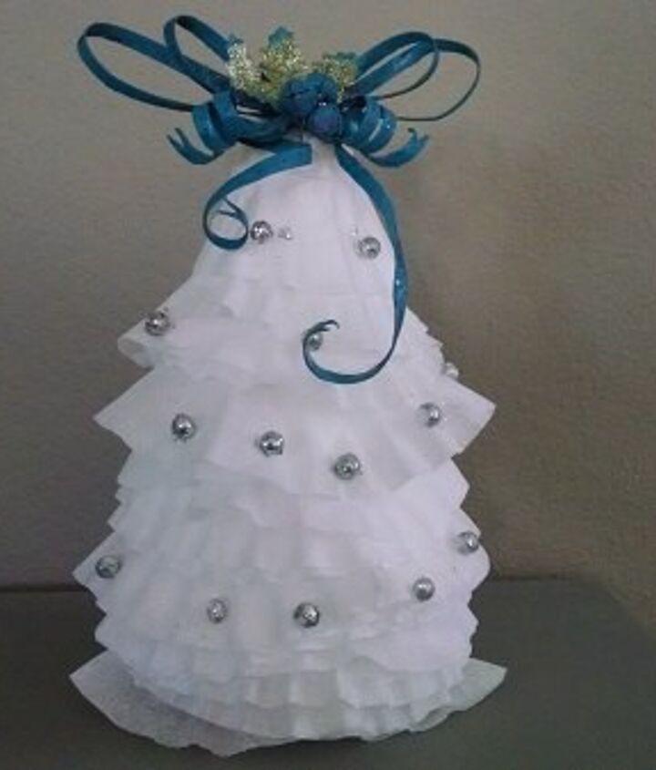 holiday diy coffee filter christmas tree, christmas decorations, crafts, seasonal holiday decor