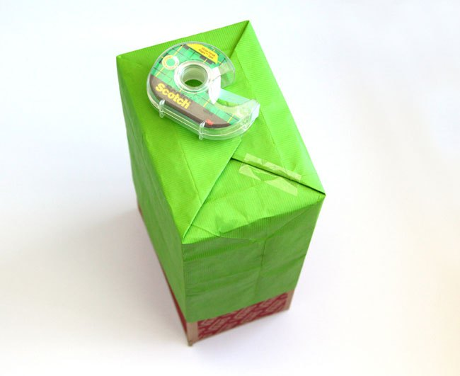 make gift bags out of paper, christmas decorations, crafts, seasonal holiday decor