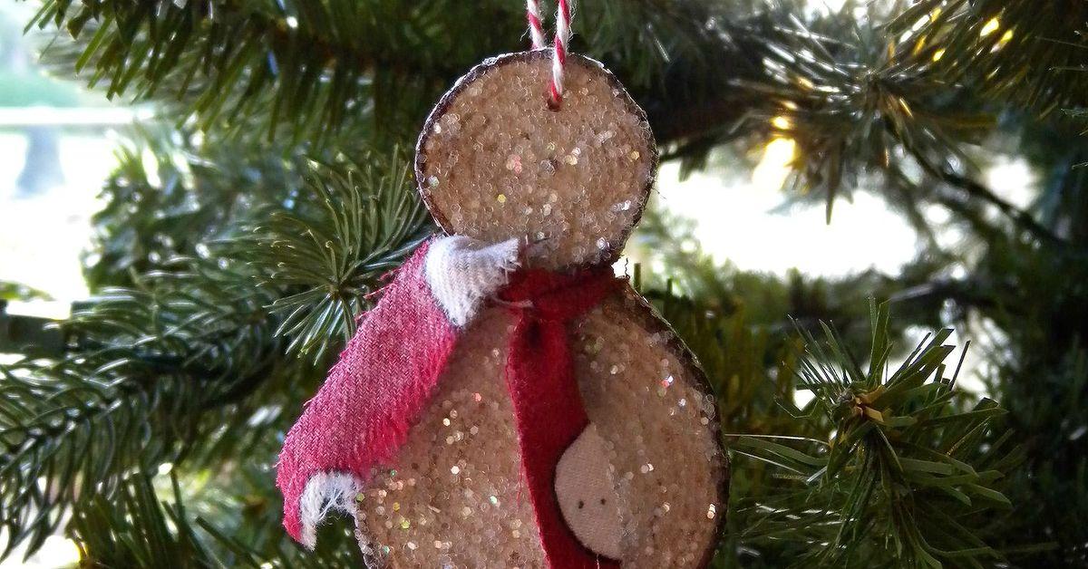 Christmas Ornaments Crafts.How To Make Wood Slice Snowmen Ornaments Hometalk
