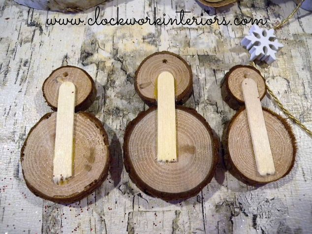 How to make wood slice snowmen ornaments hometalk for Wood slice craft projects