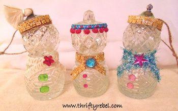 Repurposed Salt and Pepper Snowpeople Ornaments