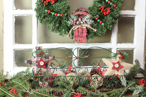 How To Decorate A Pretend Mantel The Inexpensive Way Christmas Decorations Fireplaces Mantels