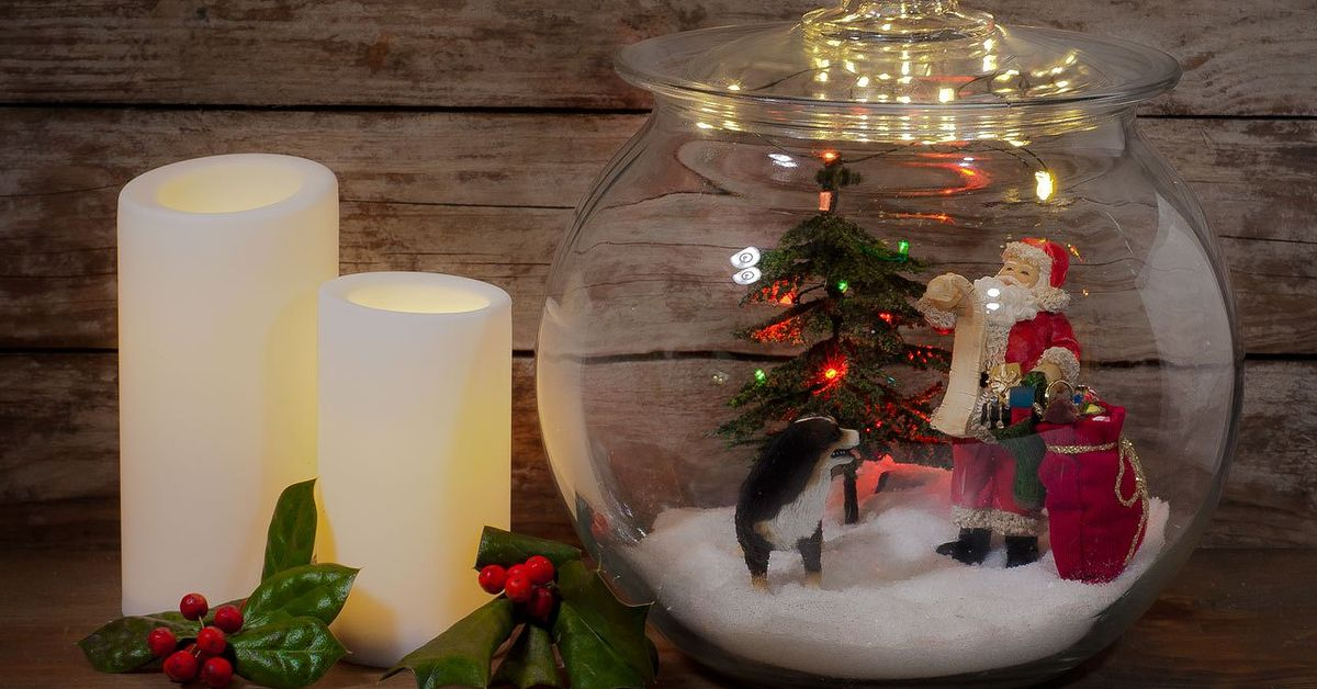 miniature christmas jar scene hometalk - Miniature Christmas Decorations