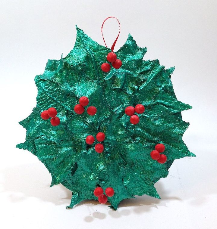christmas holly berry wreath christmas decorations crafts seasonal holiday decor wreaths - Christmas Holly Decorations