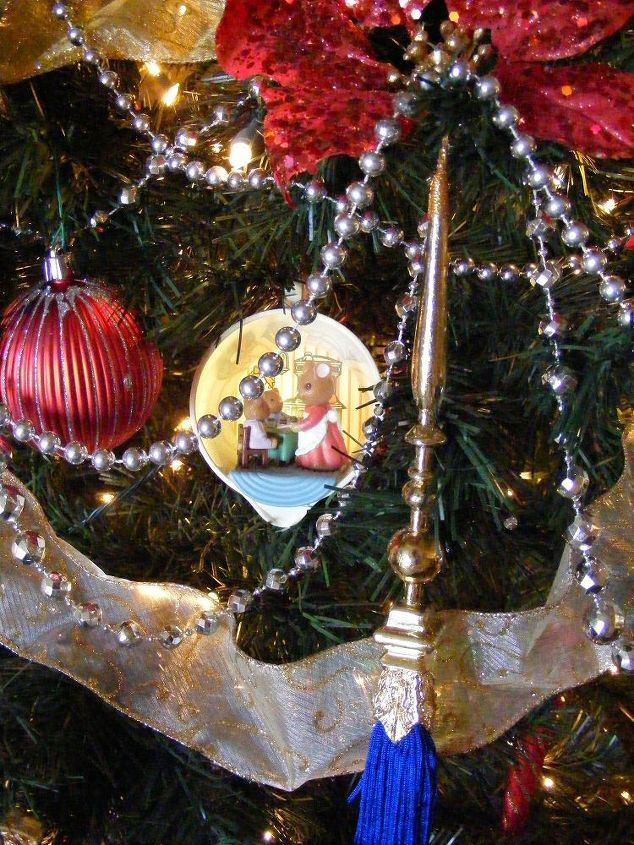 favorite chrismtmas ornaments christmas decorations seasonal holiday decor - Christmas Decorating Ideas For Church Sanctuary