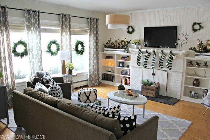 s you haven t seen christmas til you ve seen these 14 breathtaking homes, christmas decorations, seasonal holiday decor, Deep and Cozy Christmas Hues