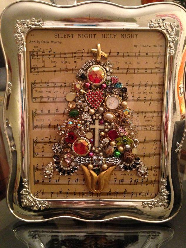 jewel christmas trees, christmas decorations, crafts, repurposing upcycling, seasonal holiday decor