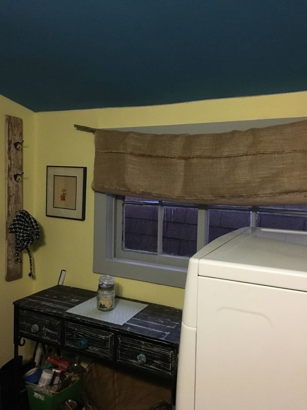 chalkpaint laundry room redo, chalk paint, laundry rooms, painting